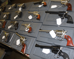 Conrad-Medina-Gun-show-pistols
