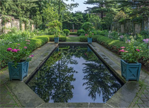 stan-hywet-english-garden
